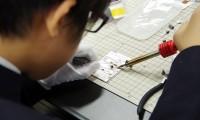 自分だけの光通信機をつくって実験/仙台青陵でソニー・サイエンスプログラム