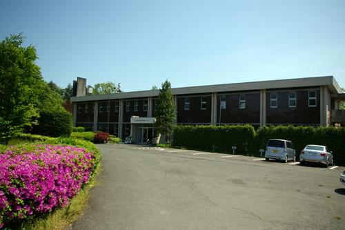 図 1 宮城県林業技術総合センター(黒川郡大衡村)外観