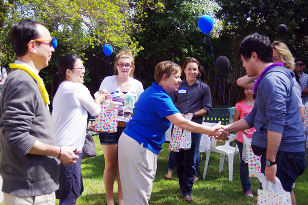【写真2】ホストファイミリーやRSA生徒会による歓迎会
