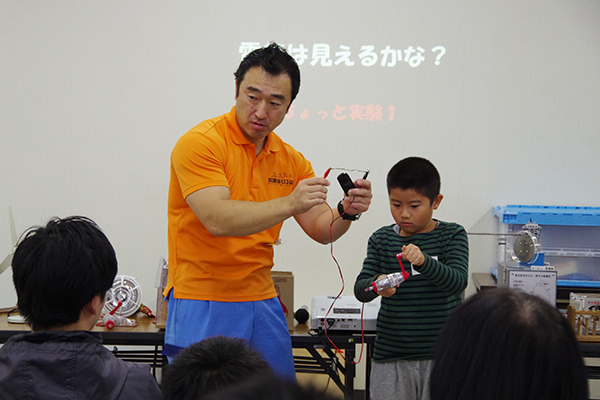5.電気のひみつ発見! ~エネルギー出前講座~(東北電力(株))